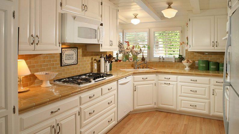 Практичная планировка маленькой кухни